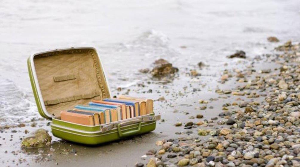 valigia-libri-mare_sito.jpg - 139.13 kB